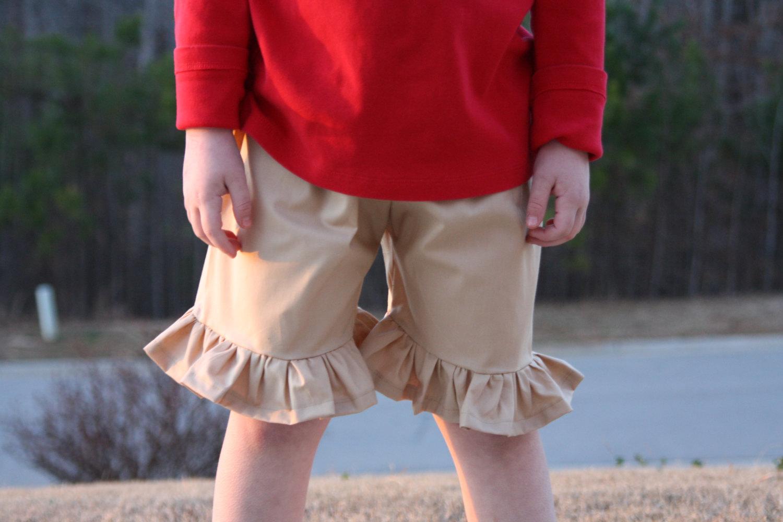 Girls ruffled shorts