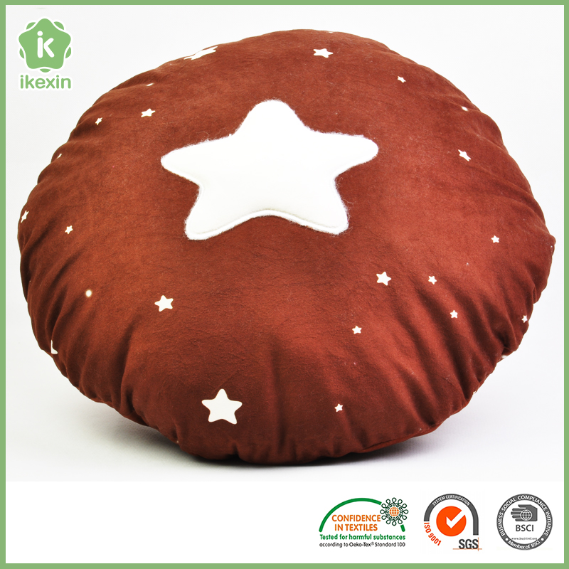 2016 New Design Star Blanket That Folds Into Pillow