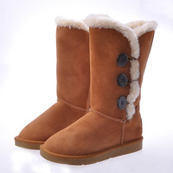 Womens button triplet snow boots